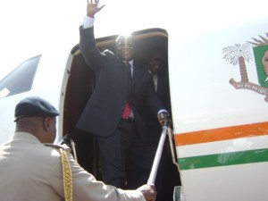 president_atta mills on plane