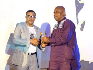 His Excellency, Kenneth Okeh CDA, Nigeria Embassy Berlin. Presenting NEGA Awards to Francis Duru, Nollywood star. NEGA 2016 (1)